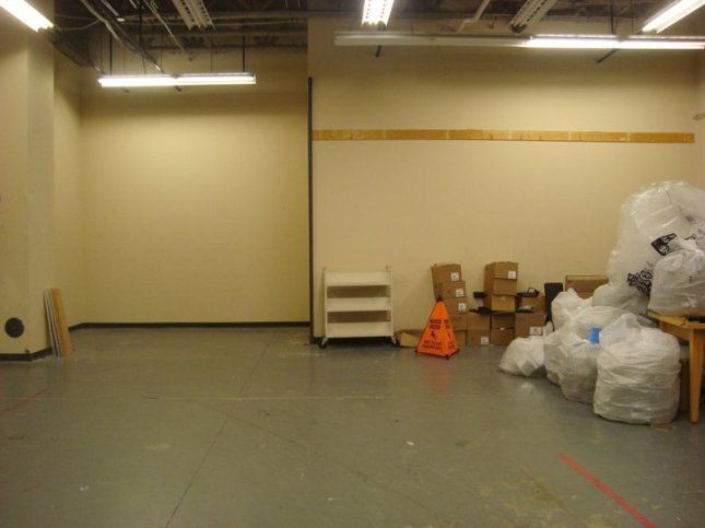 Empty cage area