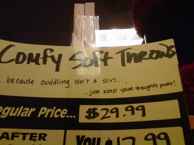 Cuddling throws u-pay